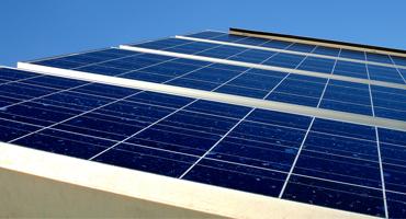 Varejistas apostam em energia fotovoltaica