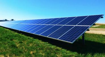 W. Mackenzie aponta queda no preço da energia solar